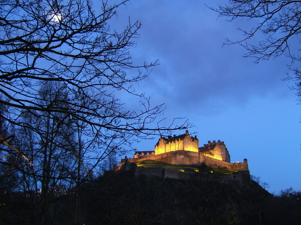 Edinburgh-Castle-Cycle-Route-George-Street